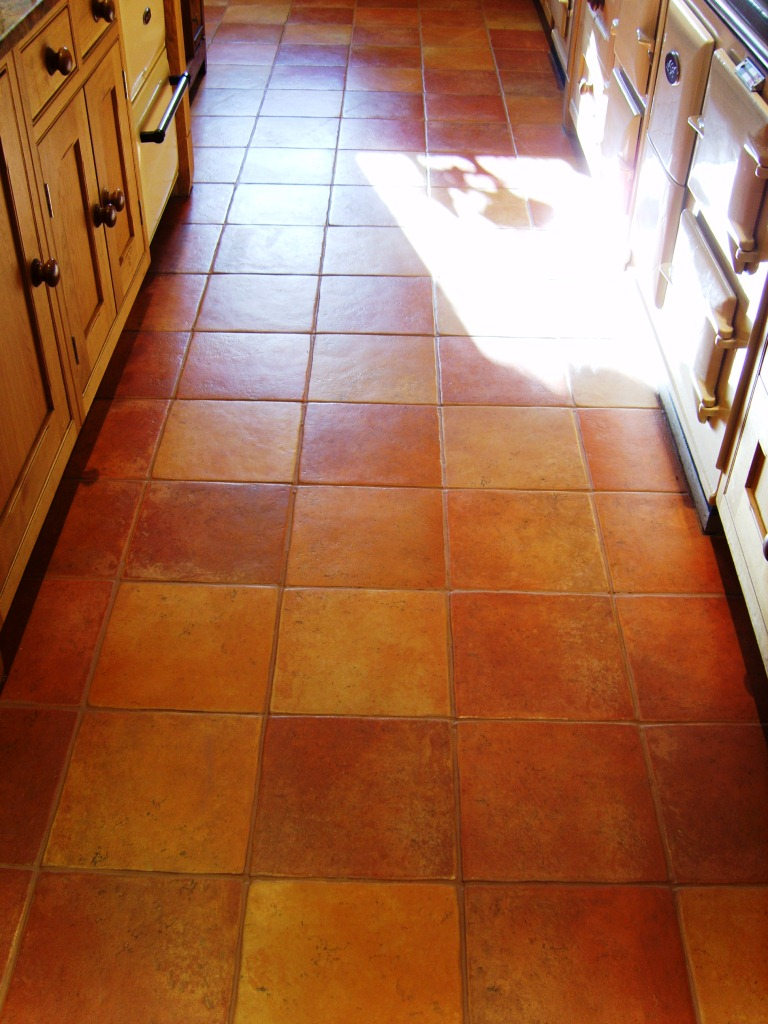 Grout Colouring Before