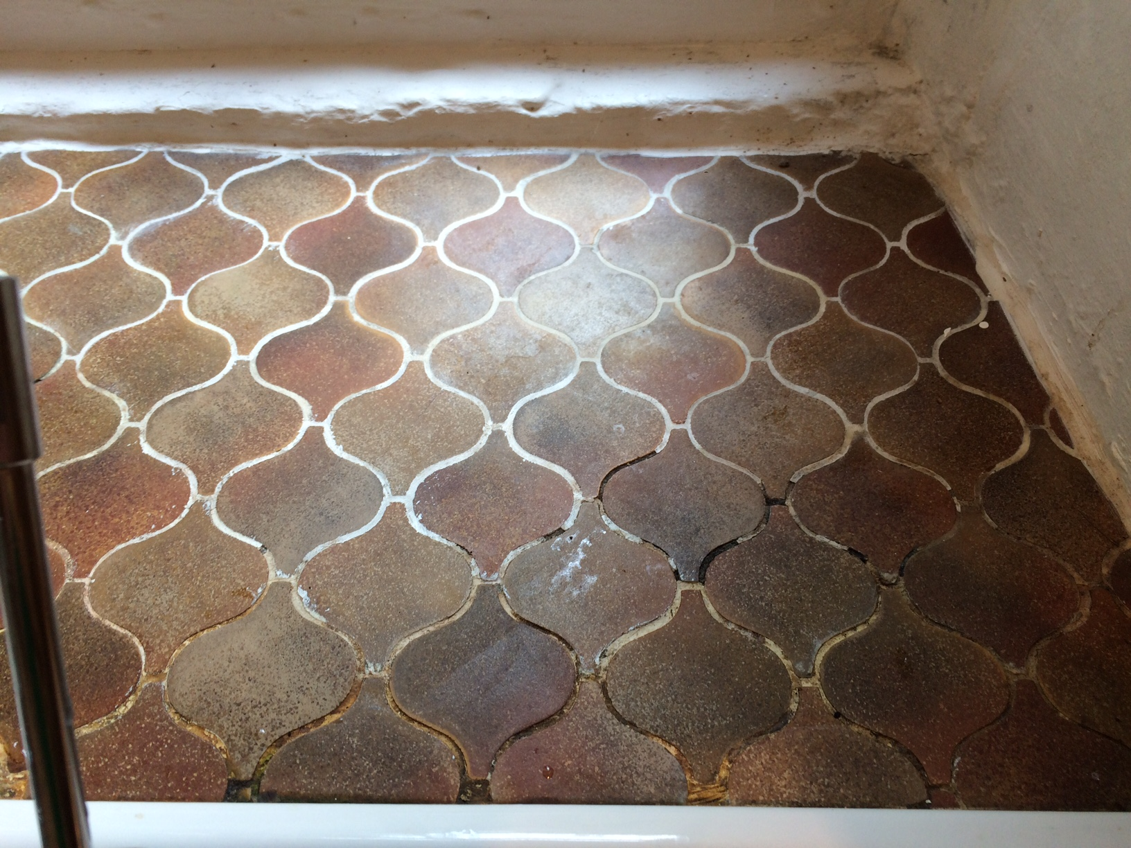 Mosaic tiled worktop before grout colouring