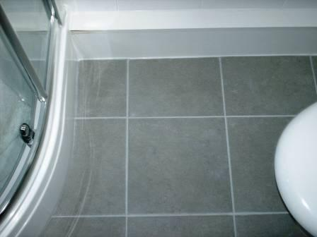 Bathroom Grout Colouring After