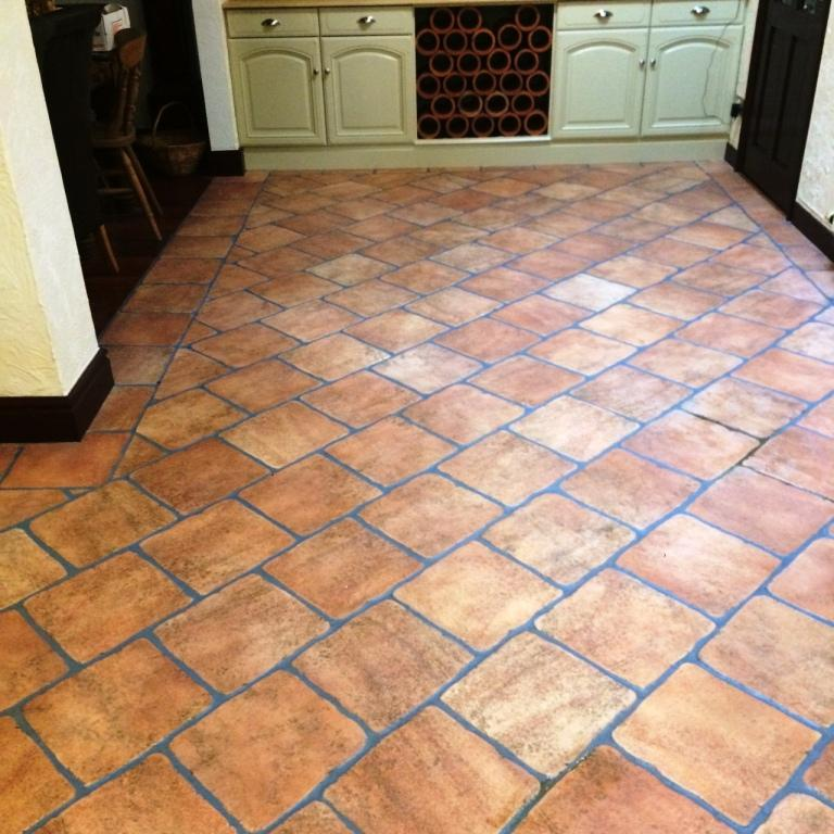 Terracotta Tiles Stone Cleaning And Polishing Tips For Ceramic Floors