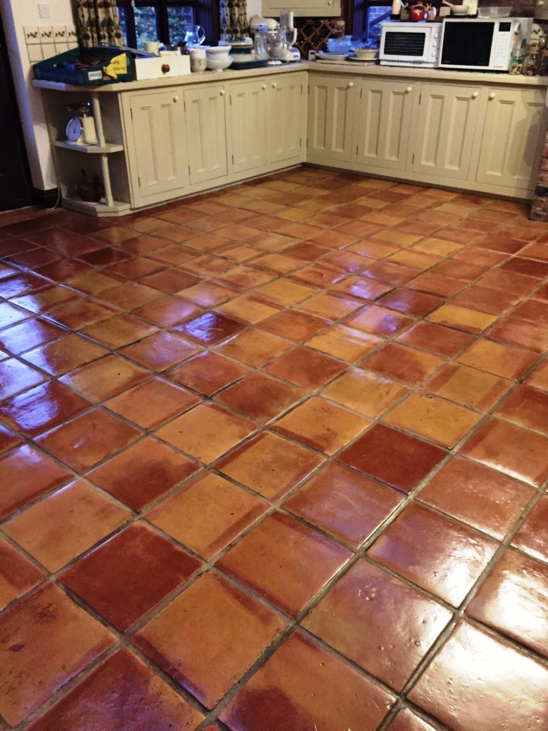 Expansion Cracks Repaired In Mexican Terracotta Floors Stone Cleaning And Polishing Tips For Terracotta Floors